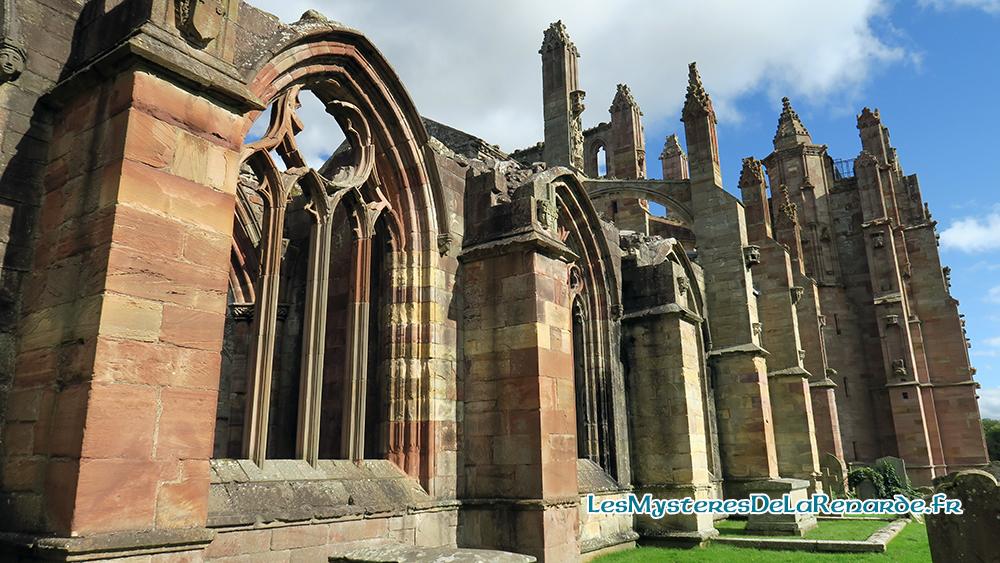 Abbaye de Melrose : fantômes, «moine vampire» et Braveheart
