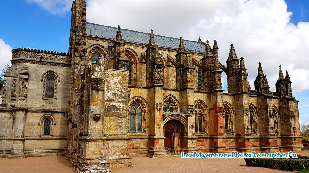 La Chapelle de Rosslyn : Templiers, fantômes mystères et légendes