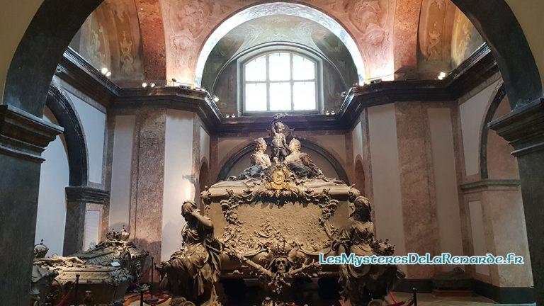 Vienne : Lieux de Culte, Cryptes et Catacombes
