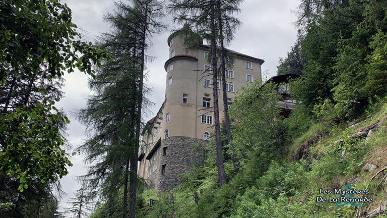 l'Hôtel Hanté du Val Sinestra